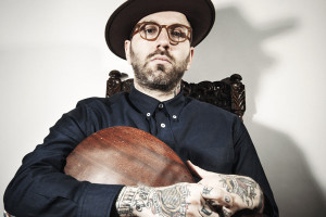The Contrast Between Darkness And Light – City And Colour