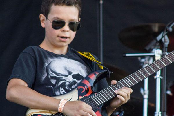 School Of Rock Comes Alive! – Ice Breaker