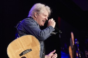 TOM COCHRANE`S OUTLAW ROCK REVIVAL