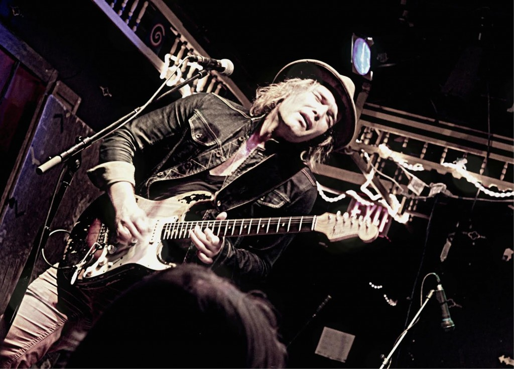 """PHILIP SAYCE – """"INFLUENCE"""" COMES TO THE RAINBOW"""
