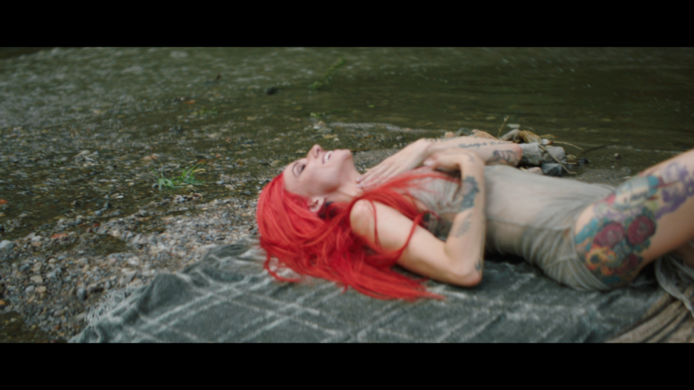"""Lights Dives Into Her Comic Book Pages With """"Skydiving"""" Video"""