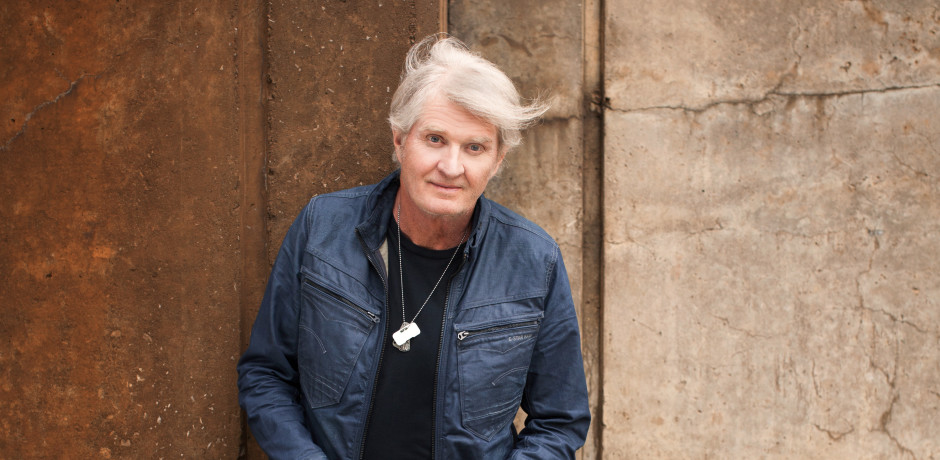 """Tom Cochrane Releases """"Big League"""" (For Humboldt) In Honour of The Humboldt Broncos"""