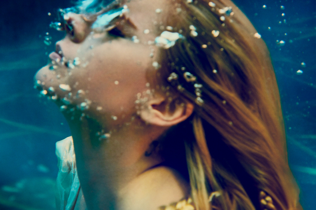 """Avril Lavigne Announces North American """"Head Above Water"""" Tour Including Toronto Date (Oct. 6)"""