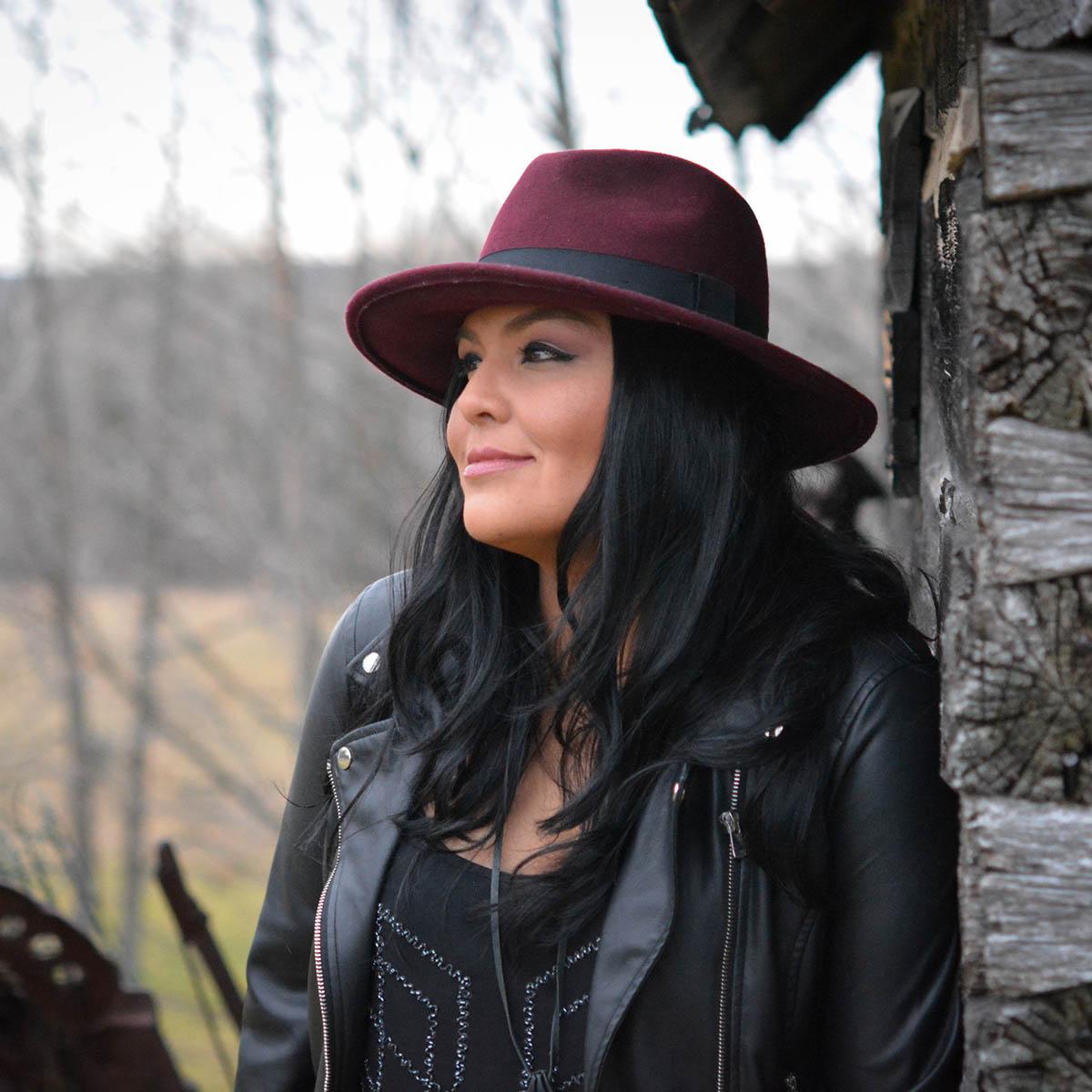 "Crystal Shawanda's ""Church House Blues"" Out Now!"