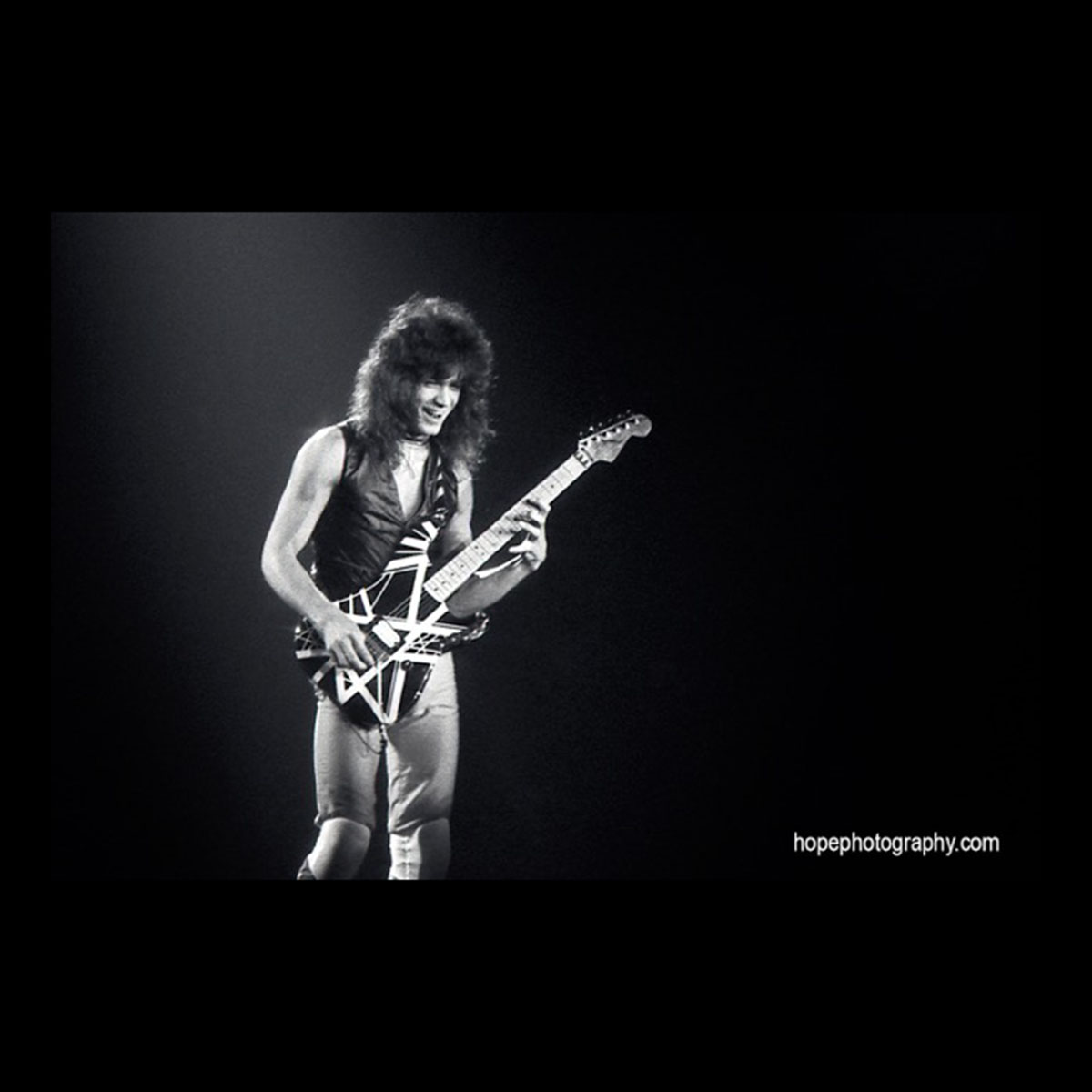 Van Halen Succumbs To Throat Cancer Battle