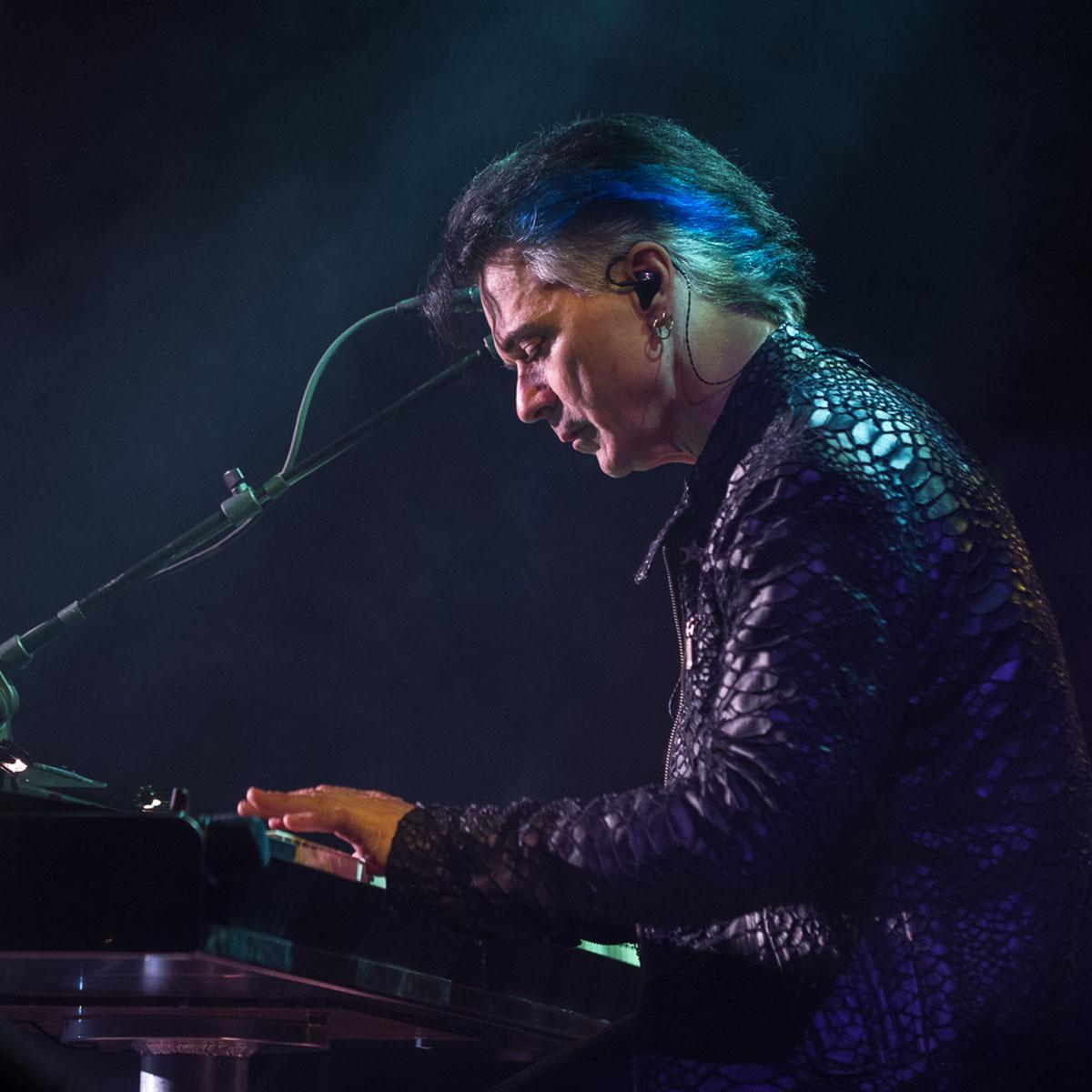 Gowan Live - Photo by Claude Dufresne