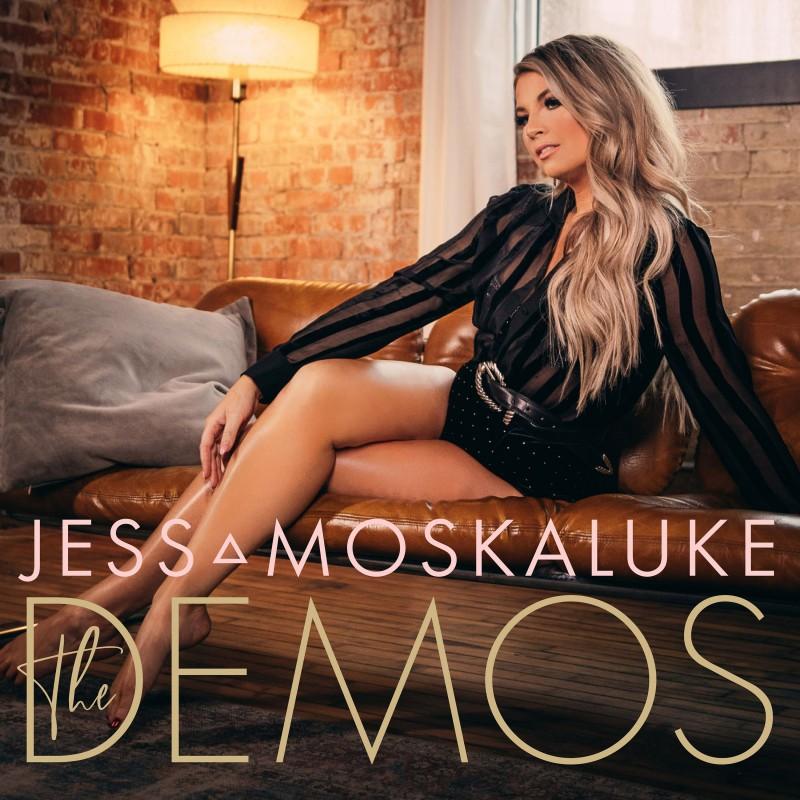 Jess Moskaluke Gets Intimate