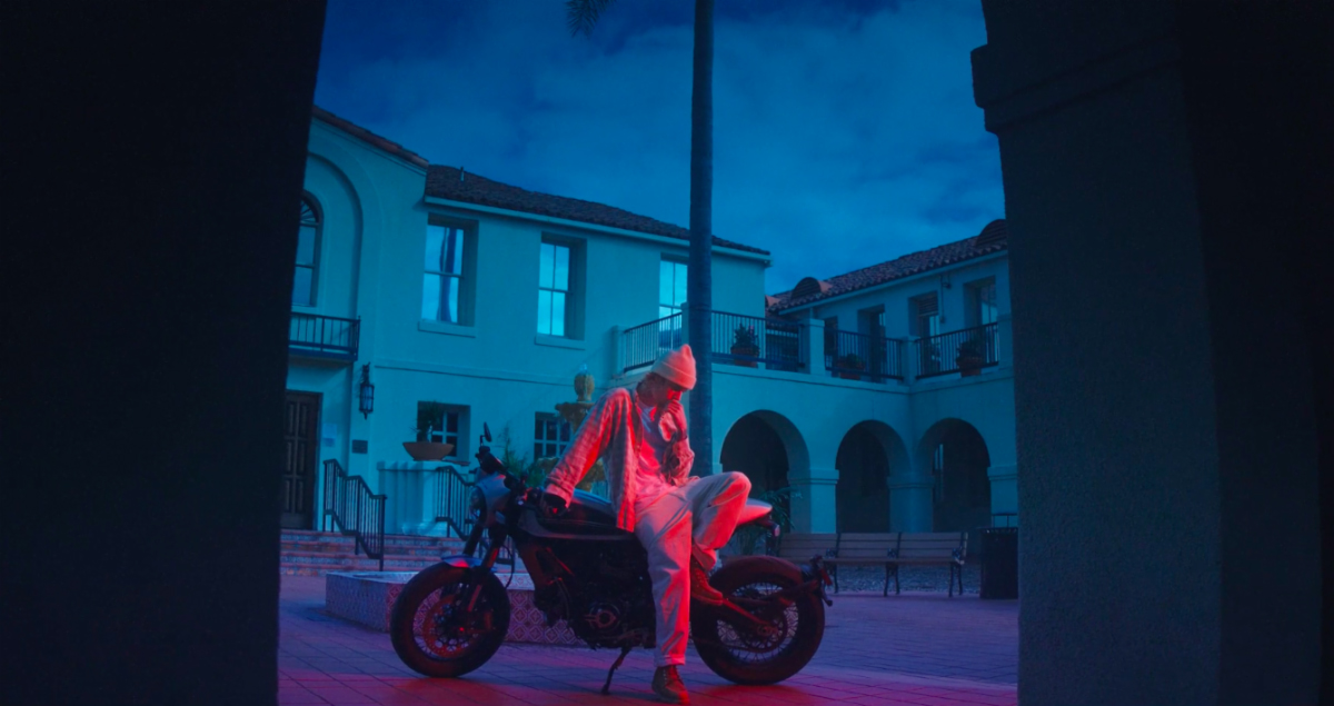 Justin Bieber did all the motorcycle stunts