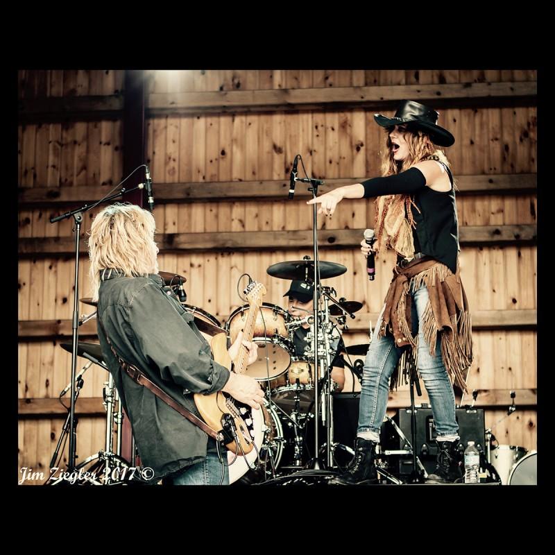 One Ugly Cowboy – Making Beautiful Noise