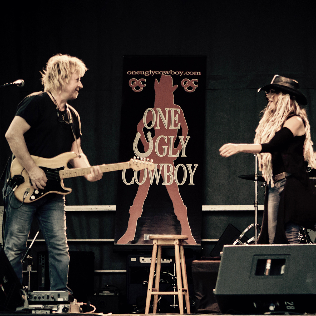 One Ugly Cowboy - Jane & Richard on the CNE Stage